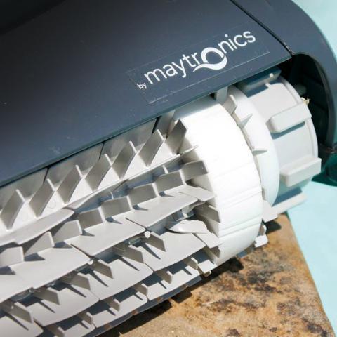 Cepillos limpiafondos Dolphin Maytronics