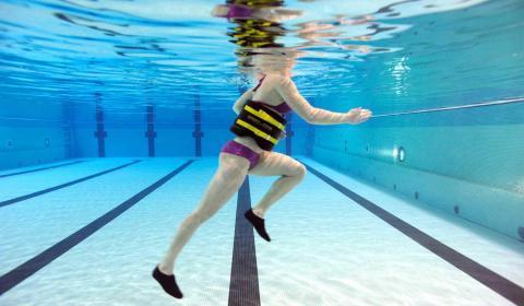 Deporte en la piscina