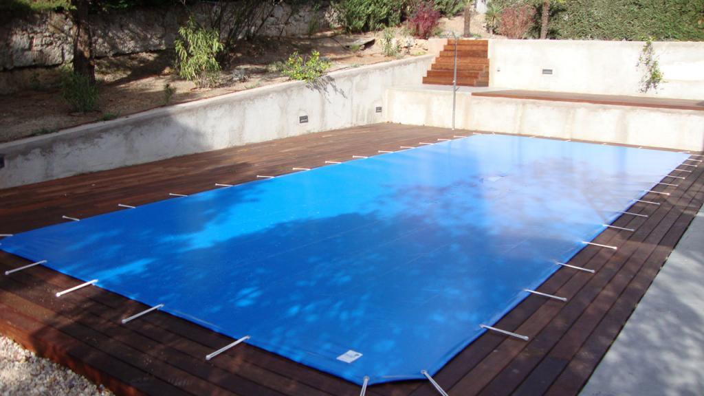 Cobertores de invierno para tu piscina momentos piscina blog for Piscinas plastico duro