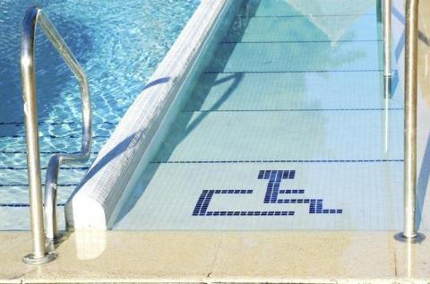 ¿Qué es una piscina accesible?