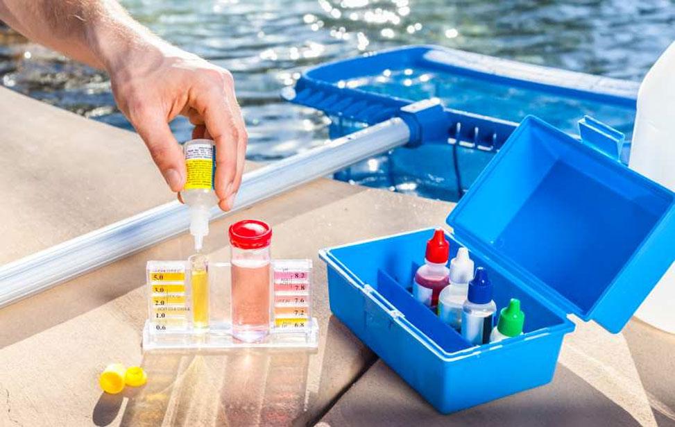 productos quimicos puesta a punto de la piscina
